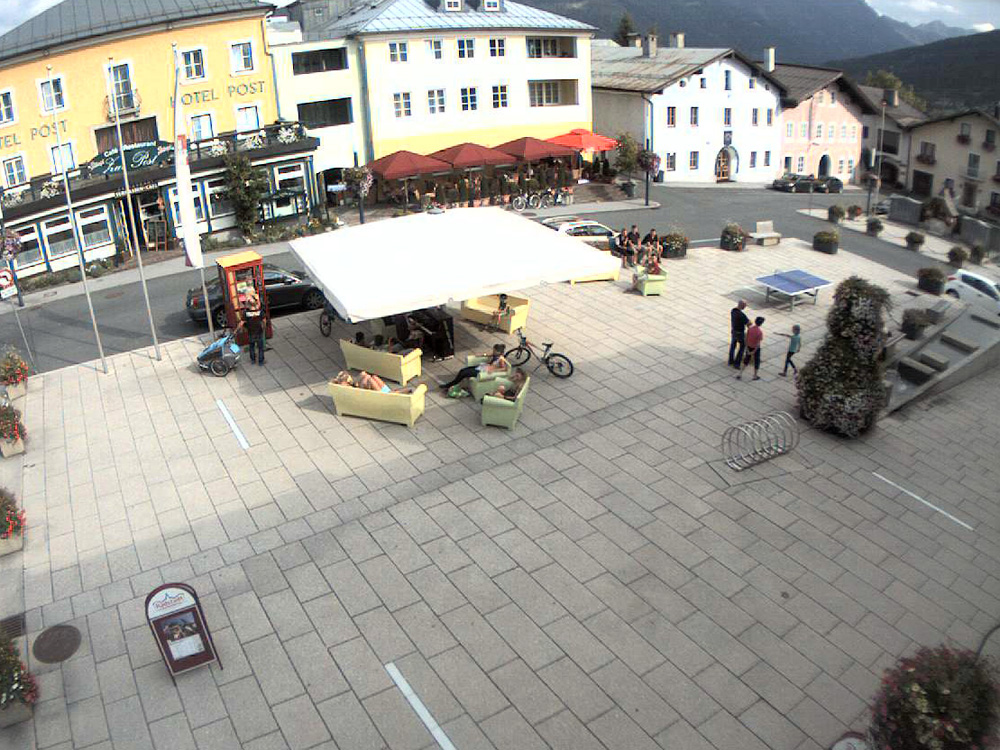 2013 01 hauptplatz_20130808_unten lounge 01