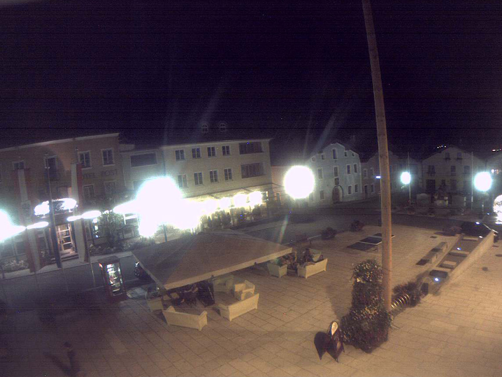 2015 06 hauptplatz_20150718_unten lounge 02